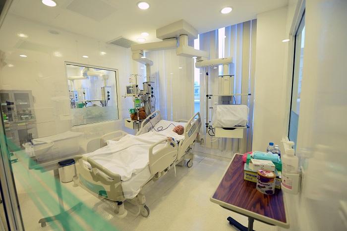 Phòng sạch y tế phòng cách ly sư sử dụng tấm panel pu