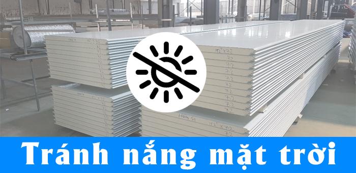 Bảo quản tấm panel cách nhiệt Thế Long đúng tiêu chuẩn là tránh nhiệt độ cao.