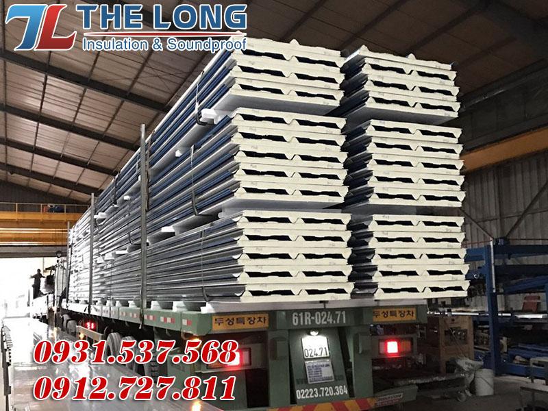 Phương tiện vận chuyển Tôn Pu Cách Nhiệt Chống Nóng là container