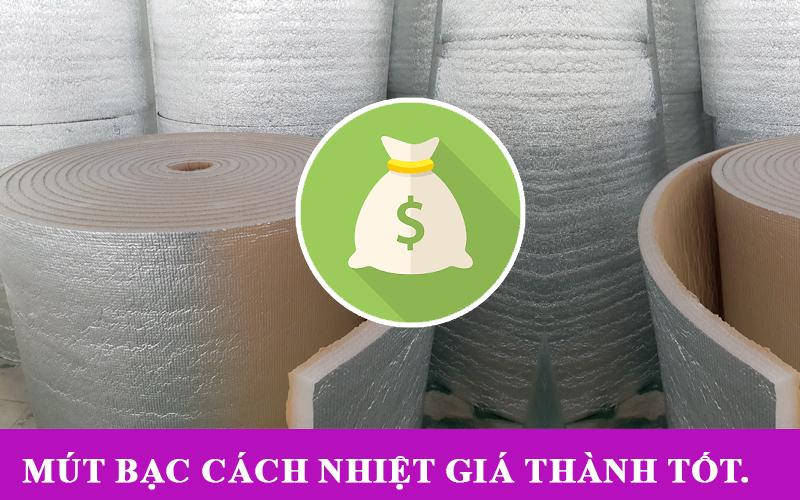 Tấm cách nhiệt mái tôn có giá thành rẻ hơn so với các loại vật liệu cách nhiệt khác.
